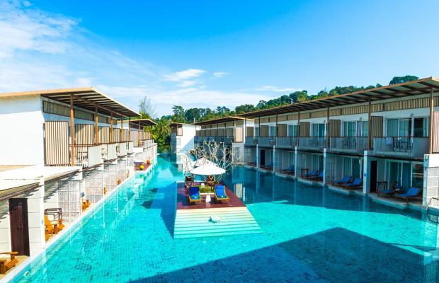 фото отеля The Briza Beach Resort (ex. The Briza Khao Lak) изображение №1