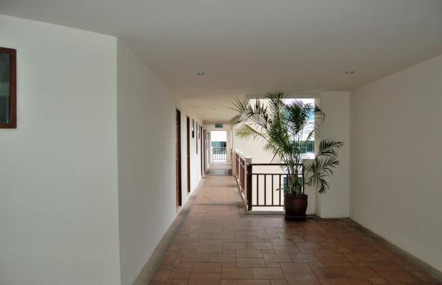 фото BJ Holiday Lodge изображение №2