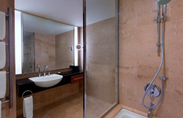 фото отеля Royal Orchid Sheraton & Towers  изображение №25