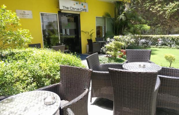 фото отеля Lemon Tree Hotel Udyog Vihar изображение №5