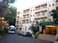 Holy Land Hotel, 3*