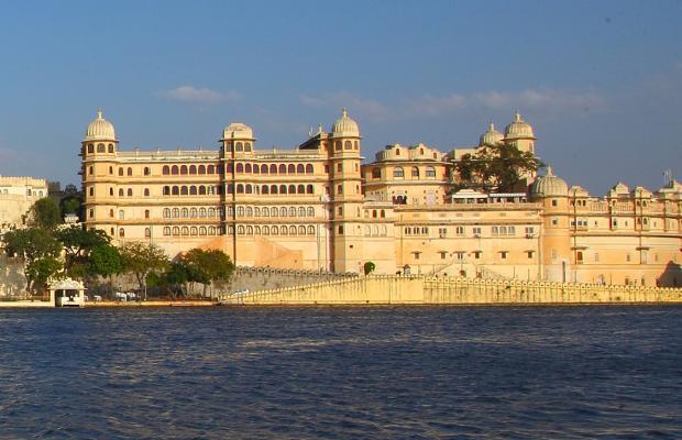 фото отеля Feteh Prakash Palace изображение №1