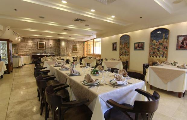 фотографии отеля Ambassador Hotel изображение №35