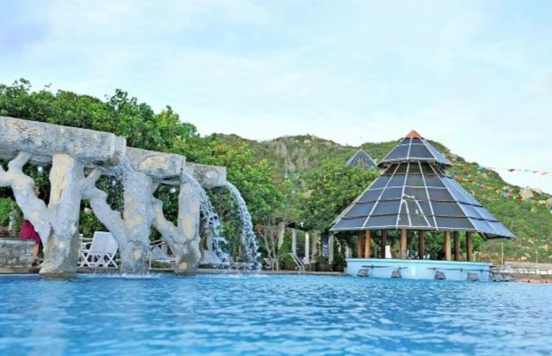 фотографии отеля Long Hai Beach Resort изображение №35