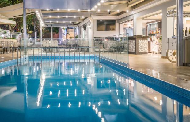 фотографии отеля Denise Beach изображение №31