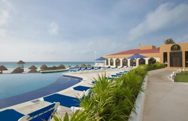 фото отеля Golden Parnassus Resort & Spa изображение №17