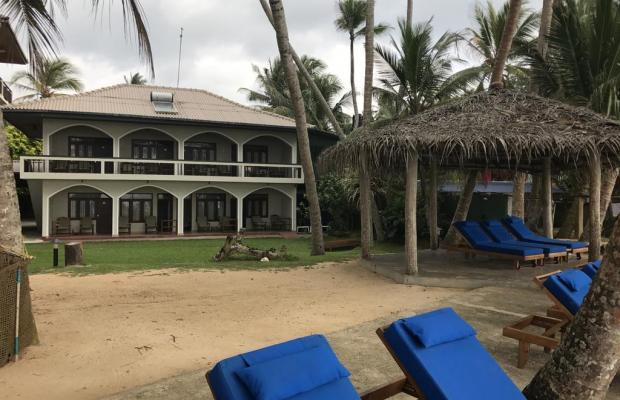 фотографии отеля Sri Gemunu Beach Resort изображение №3