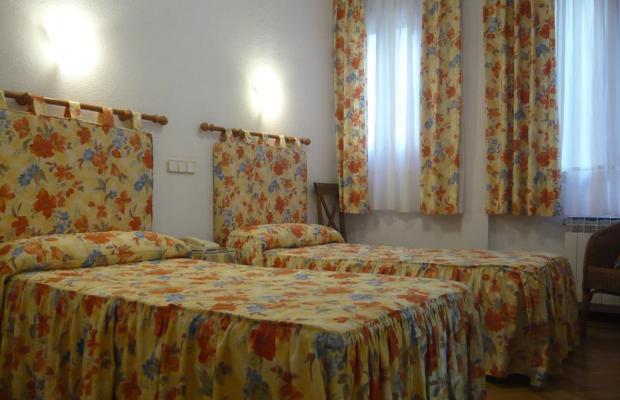 фотографии отеля Hostal Triana изображение №15