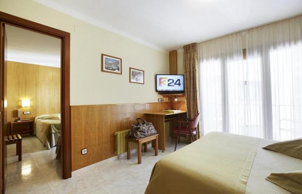 фото отеля Univers изображение №17