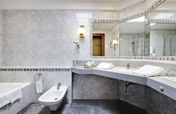 фотографии Hotel Berghof Crystal Spa & Sports изображение №8