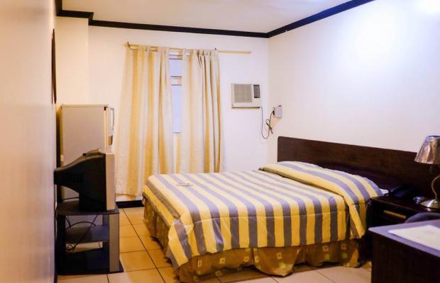 фото отеля Crowne Garden Hotel изображение №17
