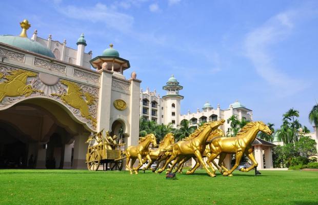 фото Palace of the Golden Horses изображение №34