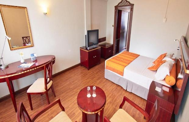 фото отеля Gold Crest Hotel изображение №13