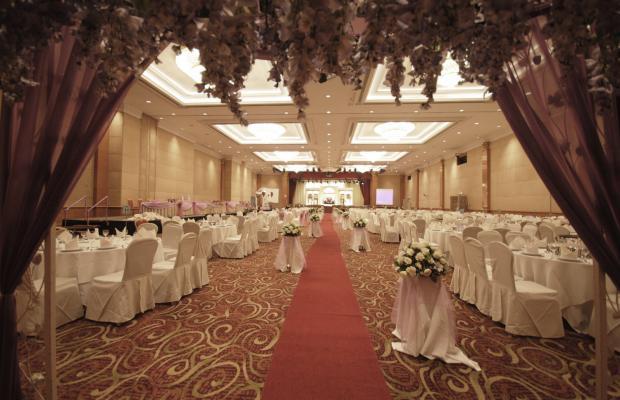 фото Berjaya Waterfront Hotel (ех. Zon Regency) изображение №2