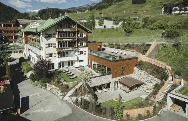 фотографии отеля Schwarzer Adler изображение №23