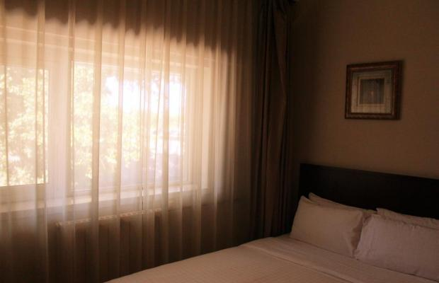 фото отеля Days Inn Forbidden City изображение №9