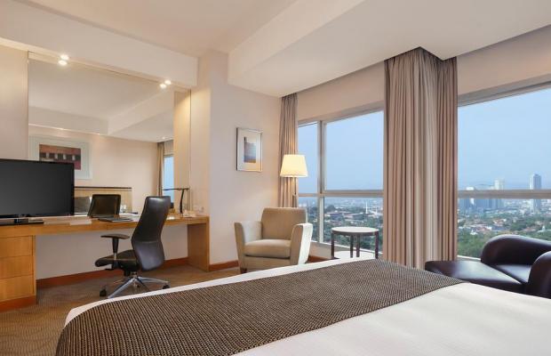 фото отеля Crowne Plaza Galleria изображение №13