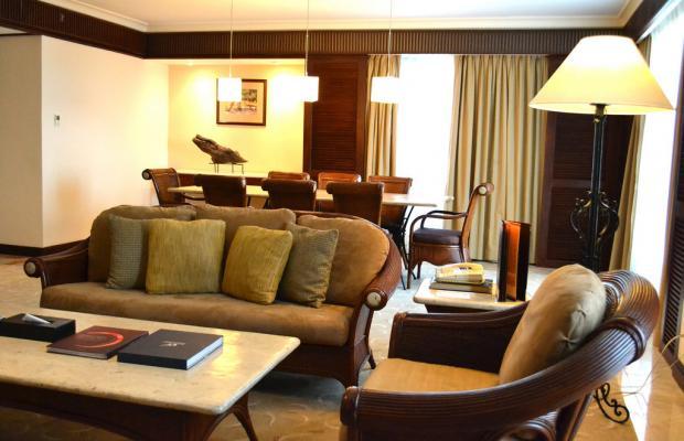 фото отеля Waterfront Airport Hotel & Casino изображение №25