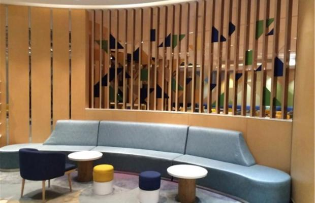 фото отеля Holiday Inn Express Shanghai Zhenping (ex. Shanghai Eastern Airline) изображение №5