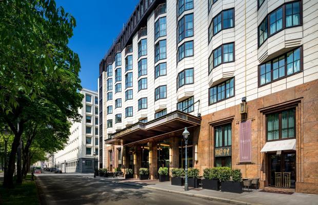 фото отеля Hilton Vienna Plaza изображение №1