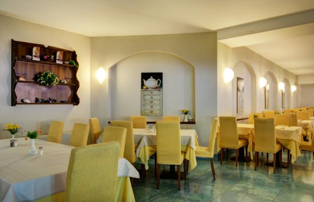 фото отеля Cristina изображение №5