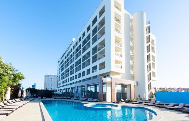 фото отеля Tryp Lisboa Caparica Mar  (ex. Ever Caparica Beach & Conference; Costa da Caparica) изображение №1