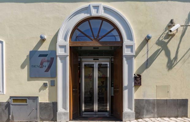 фото отеля Seven изображение №1