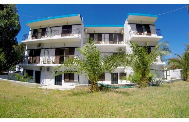 фото Eco Beach And Magic Garden Hotel (ех. Wavehouse; Dennis Beach Studios) изображение №10