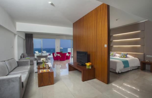 фото Tsokkos King Evelthon Beach Hotel & Resort изображение №2