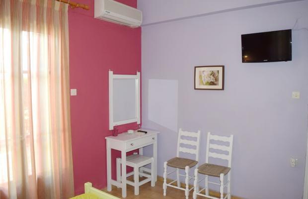 фото Rastoni Guest House (ex. Christinis Rooms) изображение №10