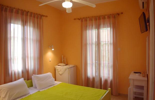 фото Rastoni Guest House (ex. Christinis Rooms) изображение №6
