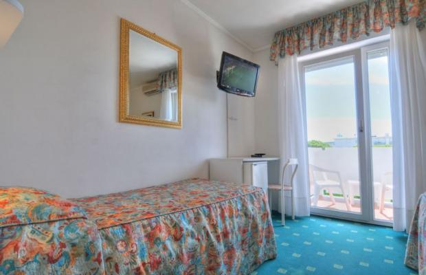 фотографии отеля Ambassador изображение №7